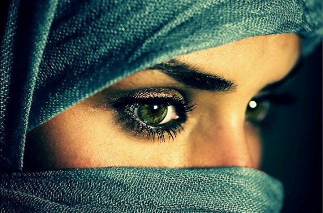eyes.jpg